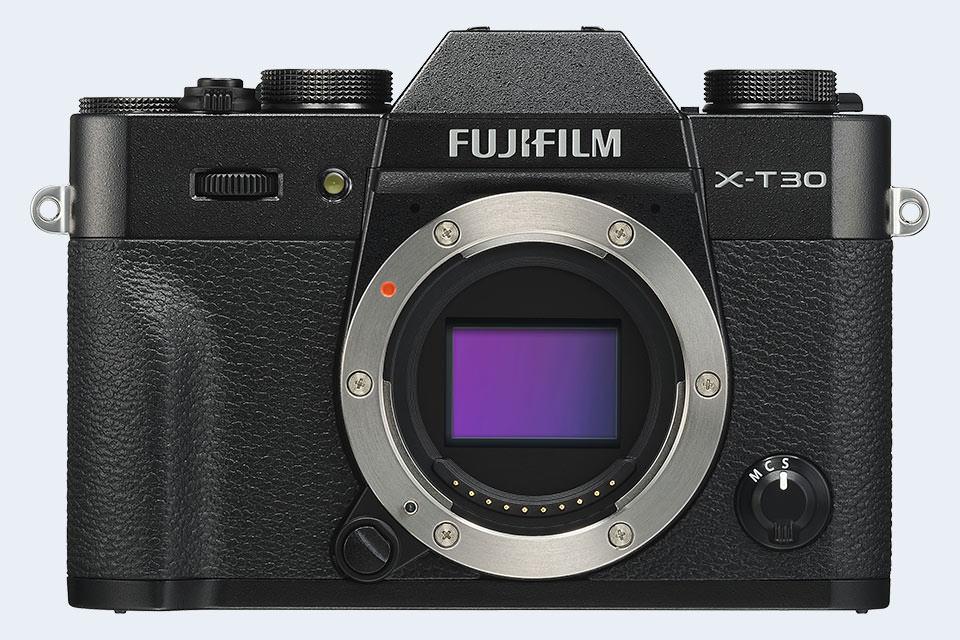 Fujifilm X-T30 vs Fujifilm X100F Comparison Review