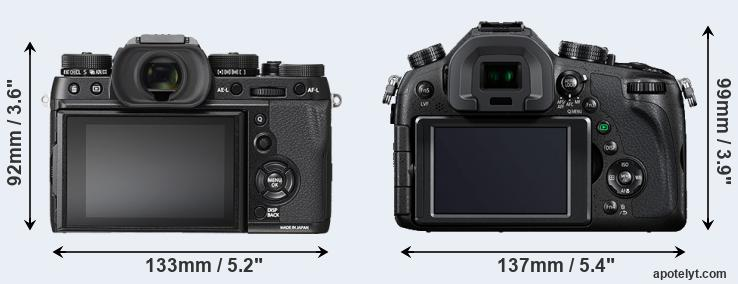 X-T2 and FZ1000 rear side