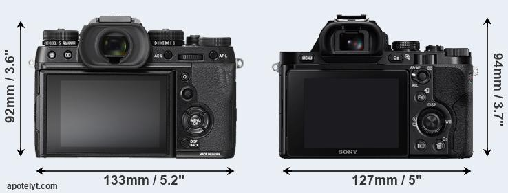 X-T2 and A7R rear side