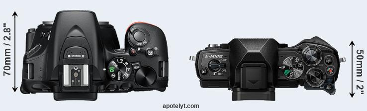 D5600 versus E-M10 III top view
