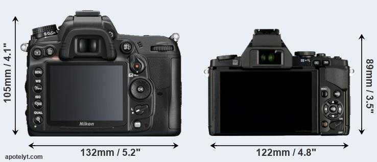 D7000 and E-M5 rear side