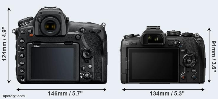 D850 and E-M1 II rear side