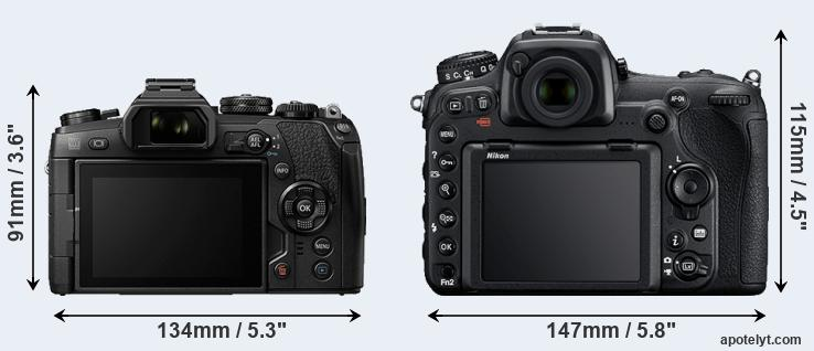 E-M1 II and D500 rear side