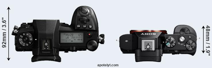 G9 versus A7 top view