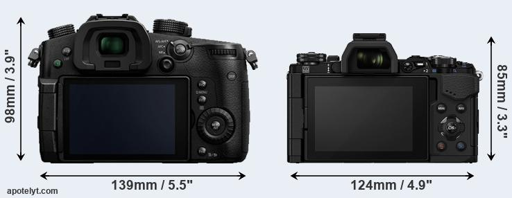 GH5 and E-M5 II rear side